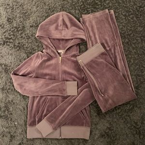 JUICY VELOUR OUTIFT